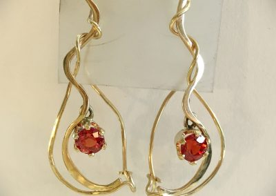 14 Kt Yellow Gold Orange Sapphire Earrings